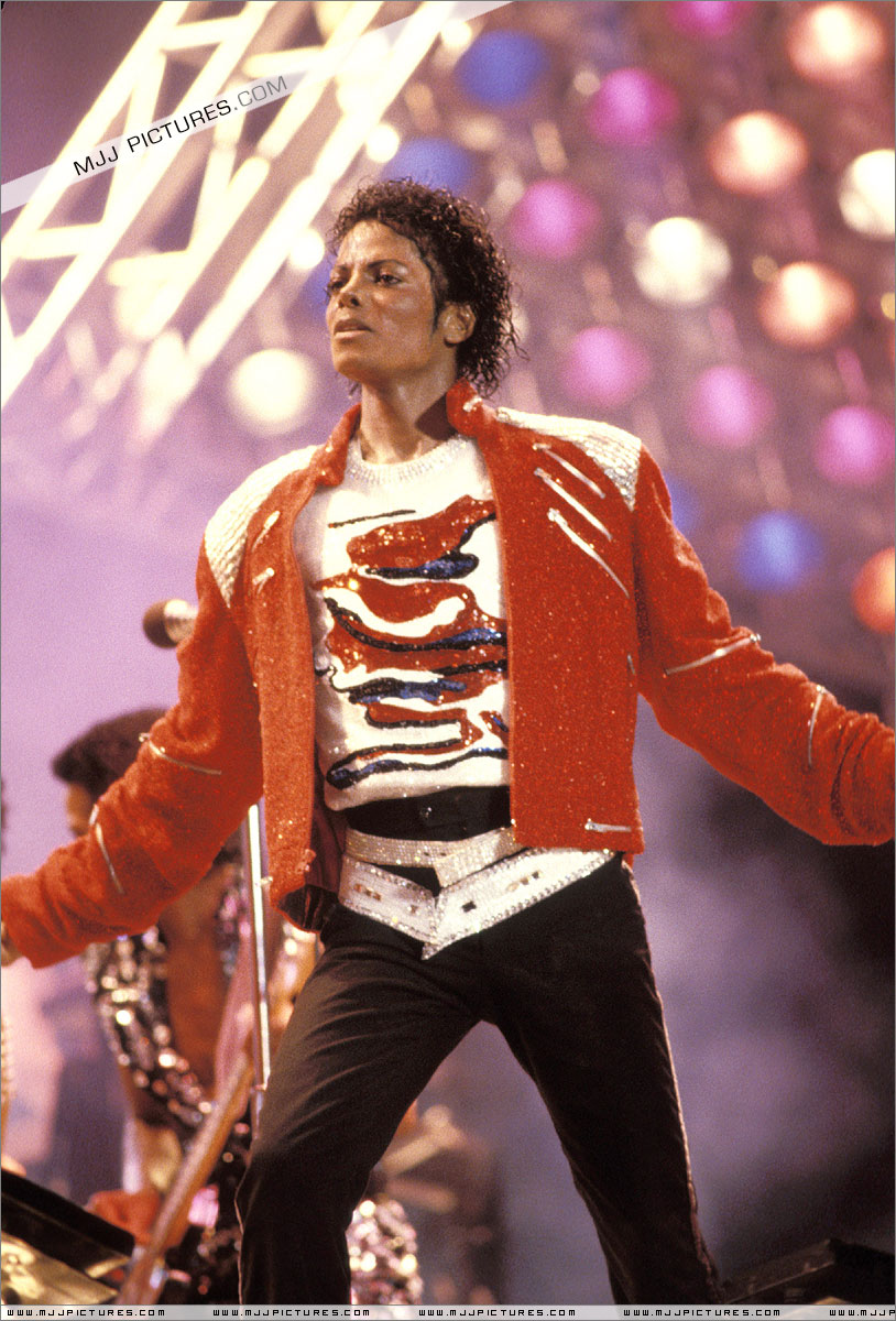 VICTORY TOUR 001