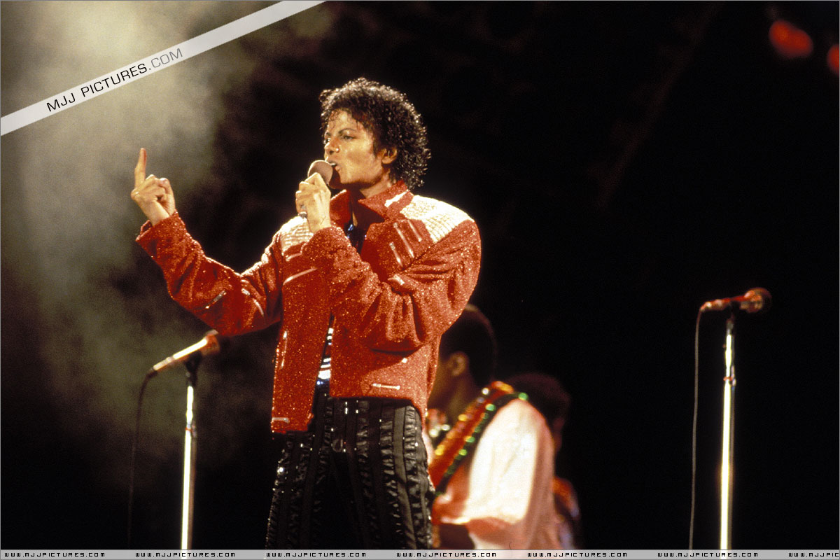 VICTORY TOUR 003