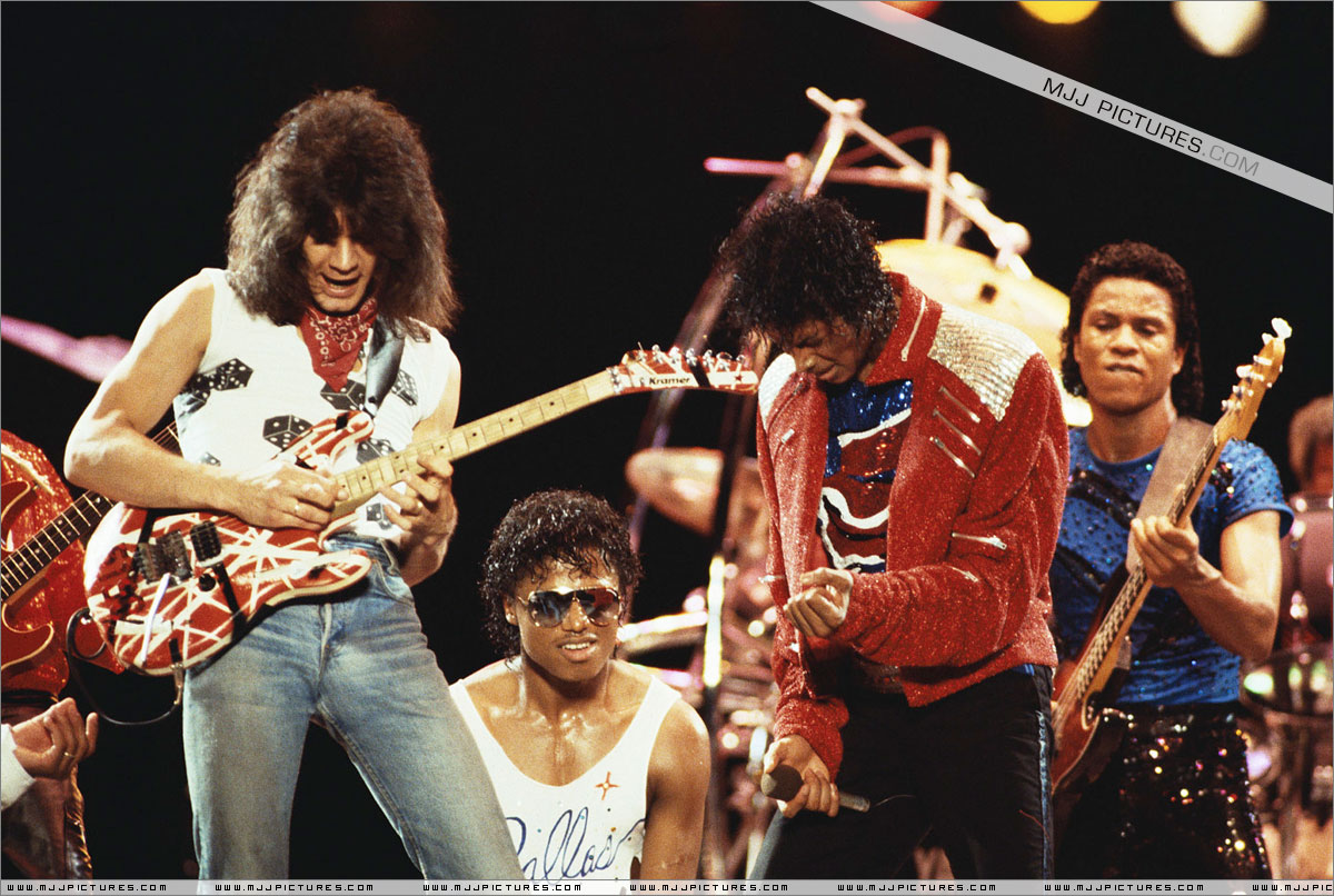 VICTORY TOUR 015