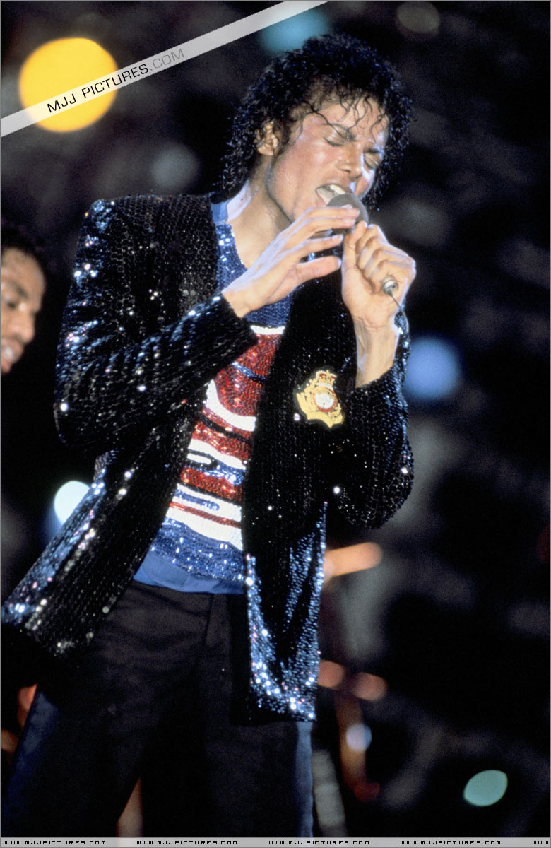 VICTORY TOUR 002