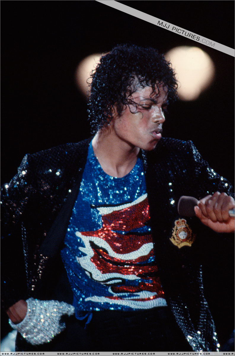 VICTORY TOUR 010