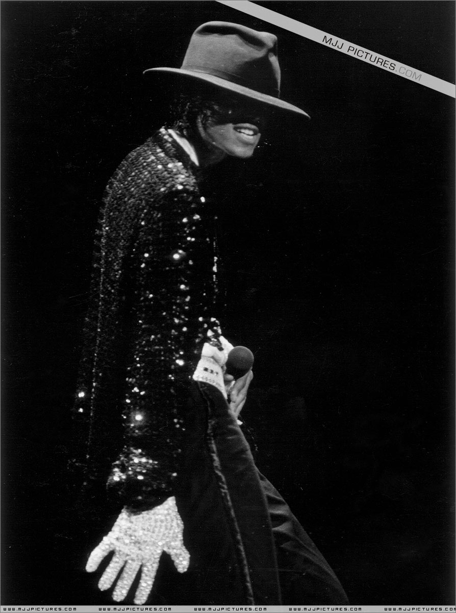 VICTORY TOUR 012