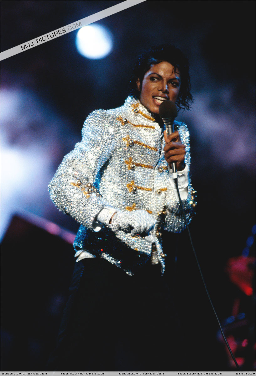 VICTORY TOUR 043