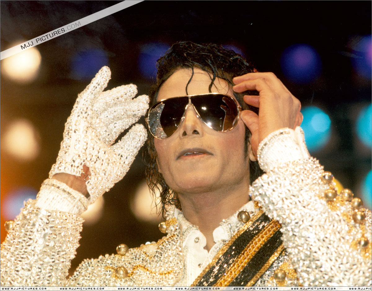 VICTORY TOUR 052