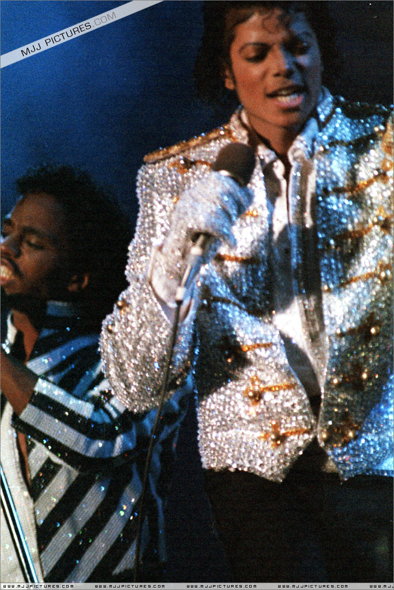 VICTORY TOUR 115