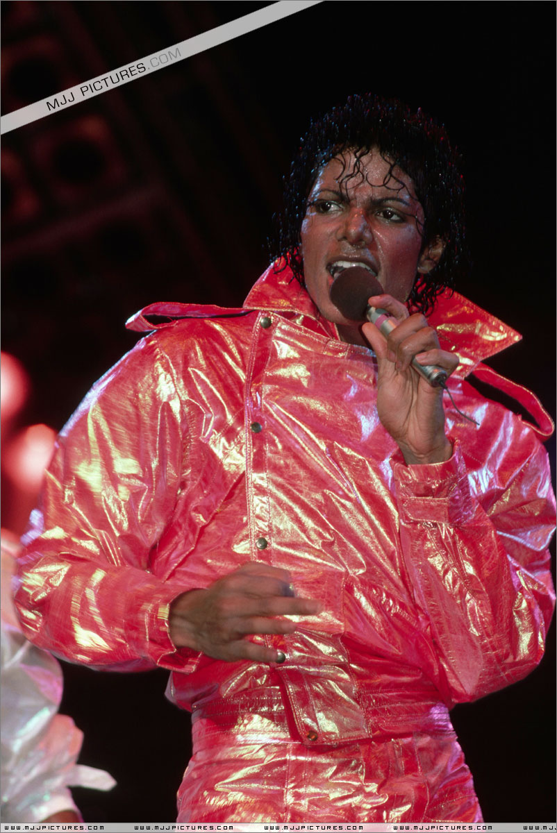 VICTORY TOUR 008
