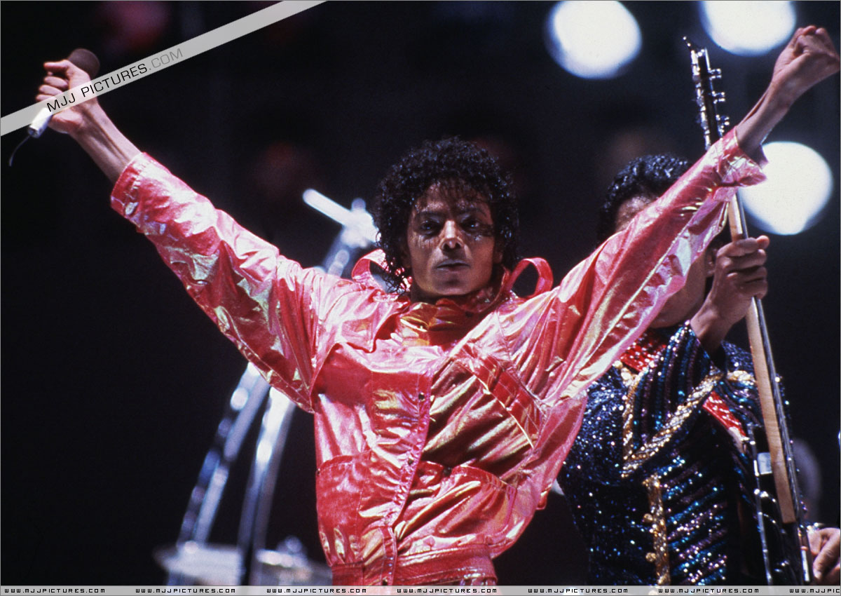 VICTORY TOUR 020